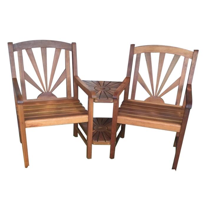 Bộ bàn ghế gỗ ngoài trời có lỗ cắm dù